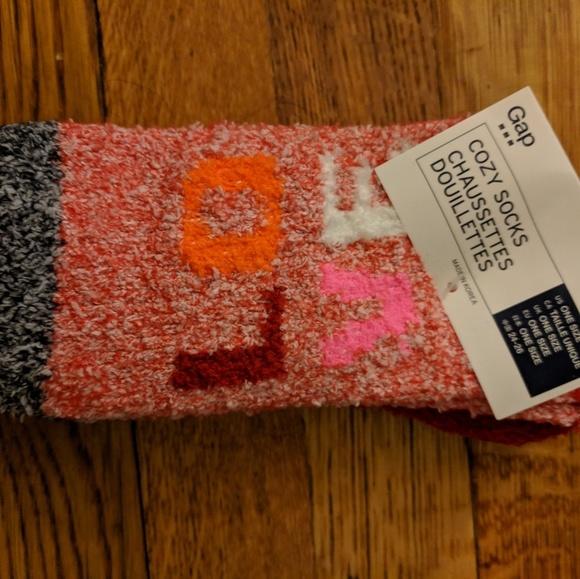 "GAP Accessories - GAP ""LOVE"" soft slouch socks"